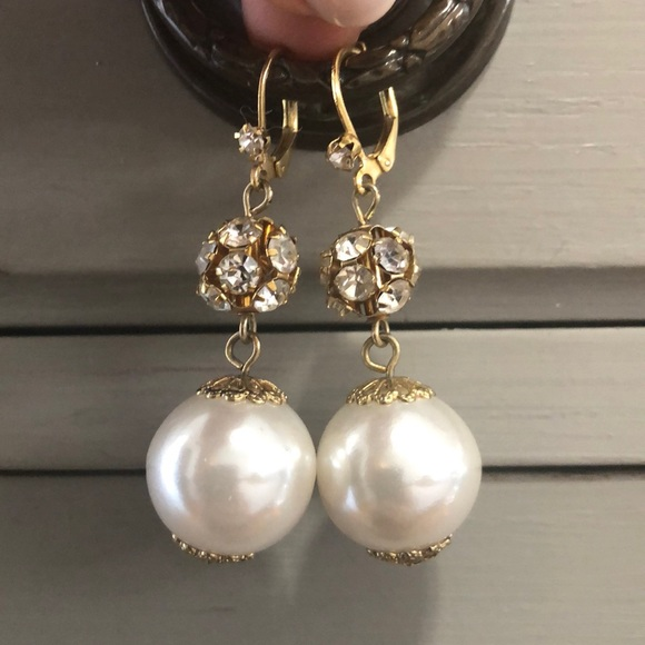 Betsey Johnson Jewelry - Betsey Johnson Rhinestone and Pearl Drop Earring